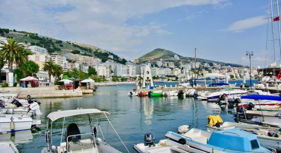 port Excursie-optionala-insula-Corfu-Albania saranda