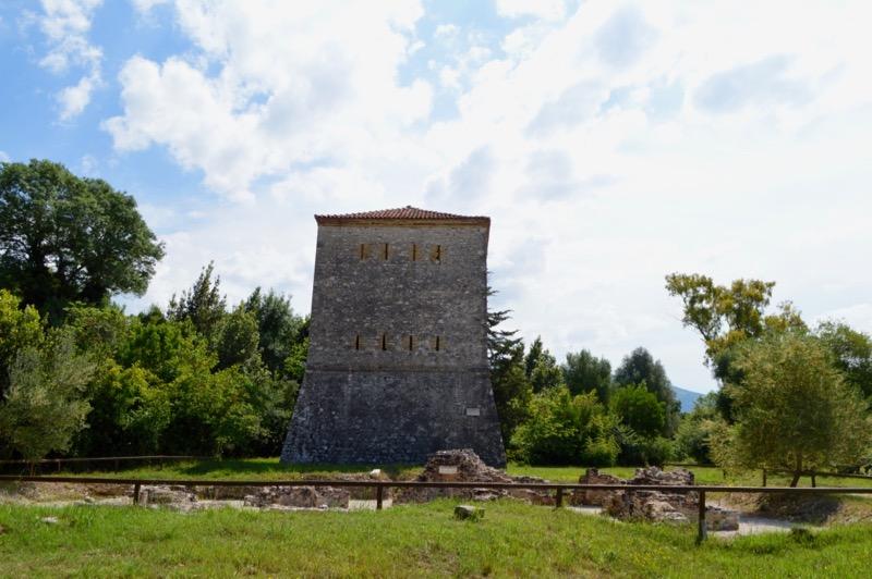 Situl antic Butrint Albania turnul venetian