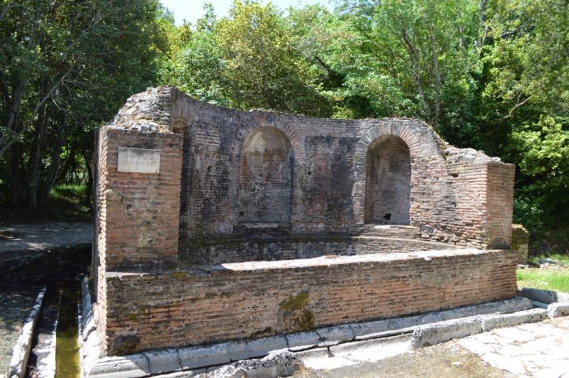 Situl antic Butrint Albania fantana