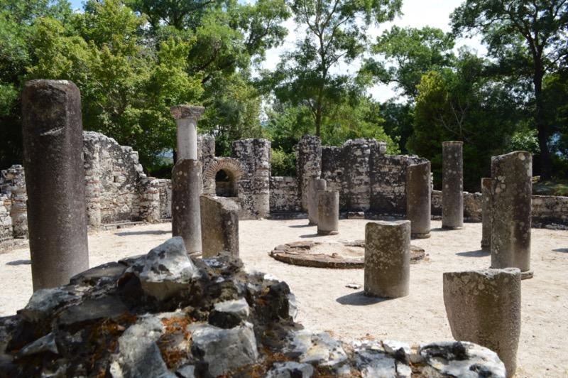 Situl antic Butrint Albania baptiseriul 3