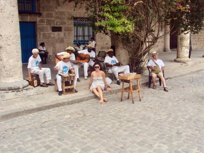Bagajul pentru Cuba ce luam