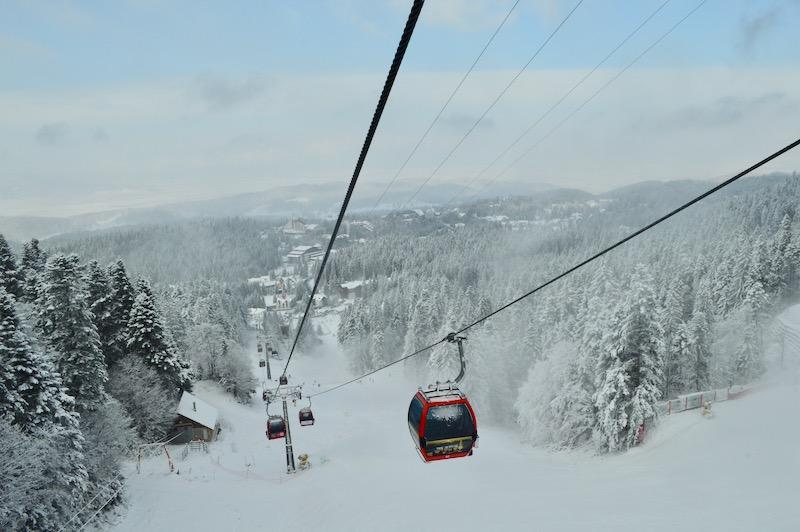Poiana Brasov Iarna schi snowboard transport 15