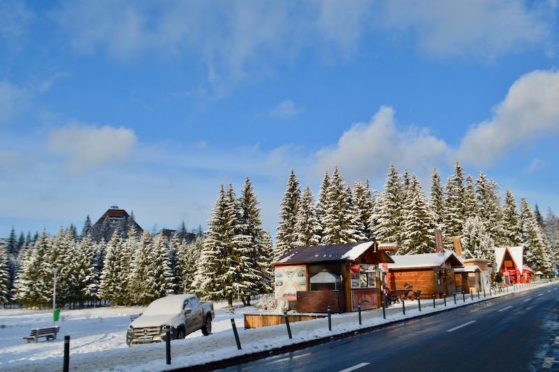 Poiana Brasov Iarna schi snowboard transport 8