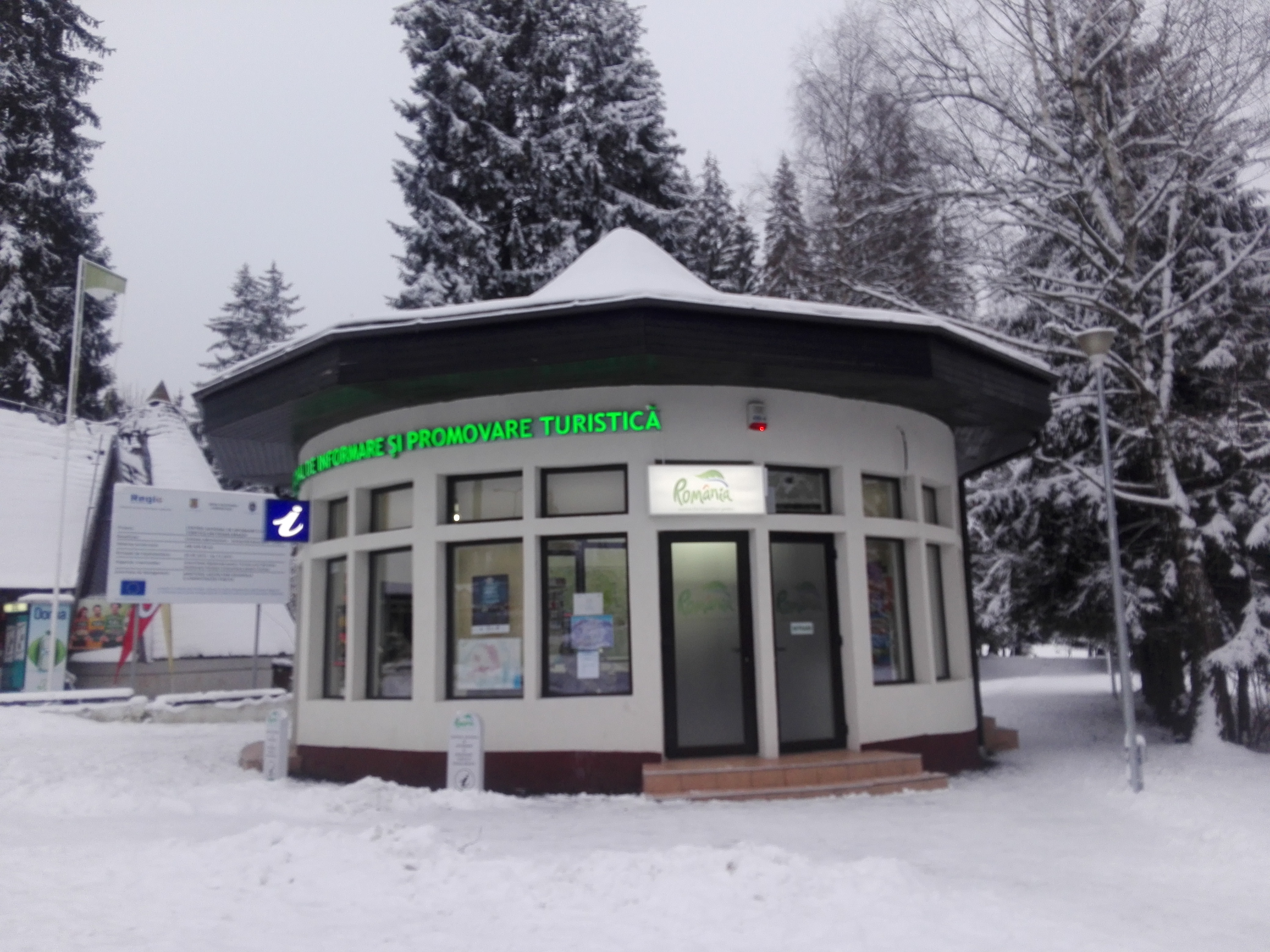 Poiana Brasov Iarna schi snowboard transport 3