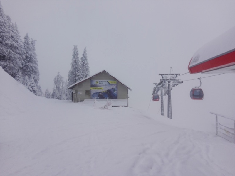 Poiana Brasov Iarna schi snowboard transport 2