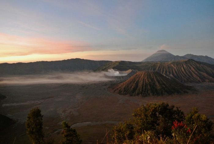 fotografii sa te inspire sa calatorești in Indonezia Java bromo dimineata