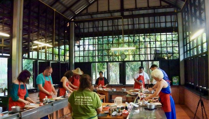 Curs de gatit mancare thailandeza in Chiang Mai Pad Thai supa 6