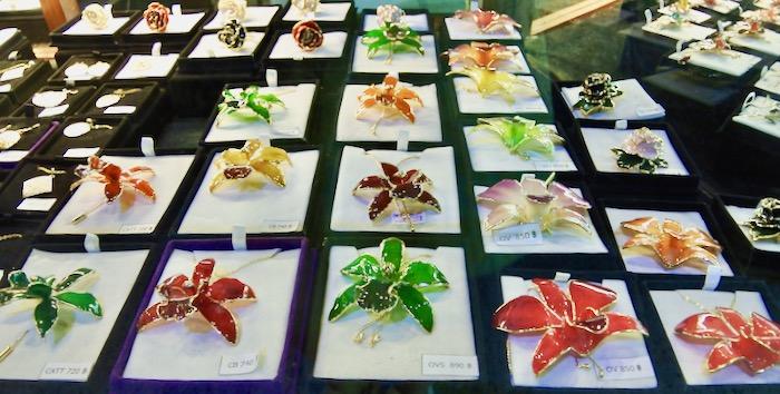 cumparaturi in Thailanda suveniruri Chiang Mai brose orhidee
