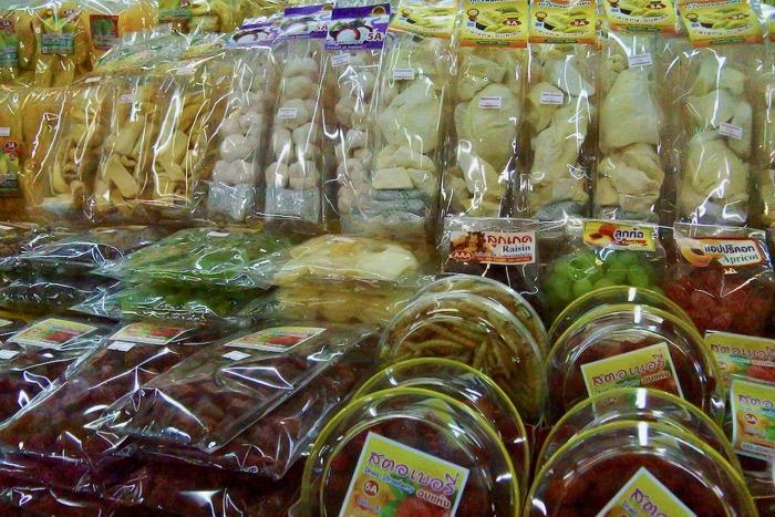 cumparaturi in Thailanda suveniruri Chiang Mai cipsuri