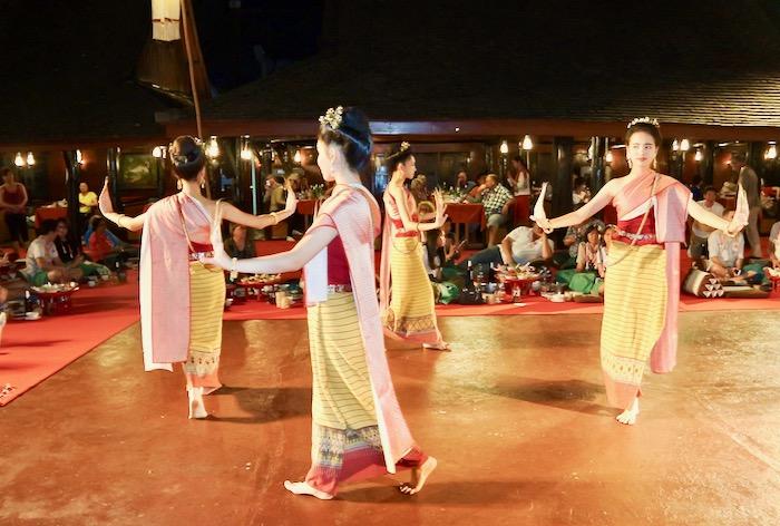 Khan Toke la Vechiul Centru Cultural Chiang Mai 7