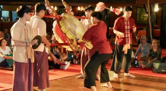 Khan Toke la Vechiul Centru Cultural Chiang Mai 3