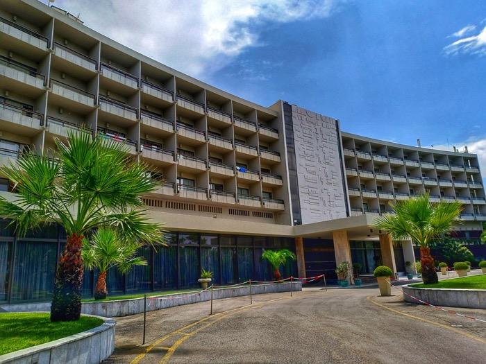 hotel aéroport corfu