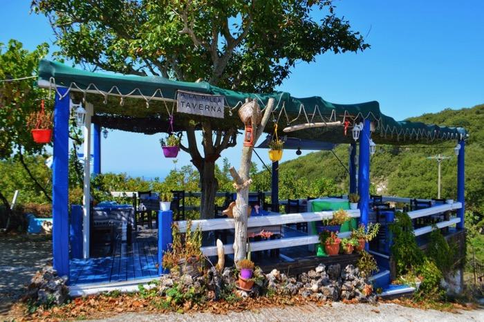 Satul Strinillas Corfu 5 taverna