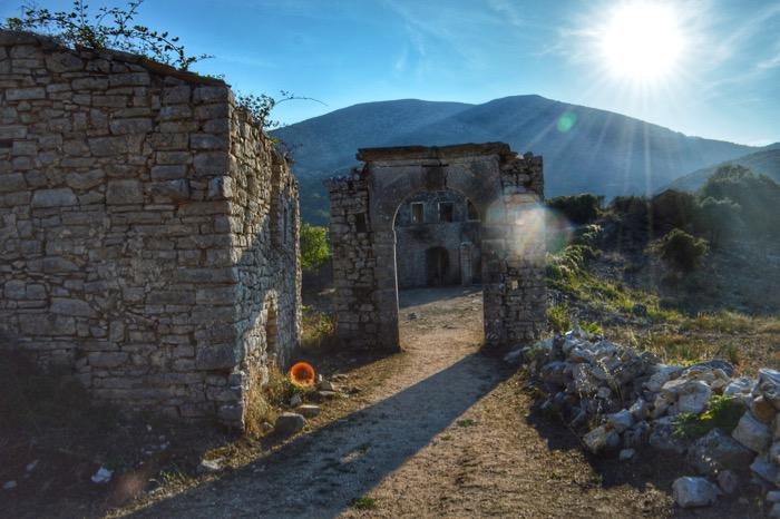 Vechea Perithia Corfu 4