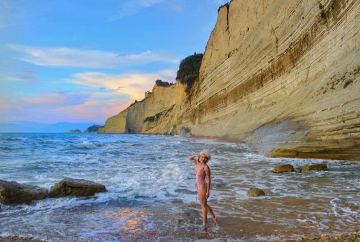 Plaja Loggas cel mai frumos apus din insula Corfu 12