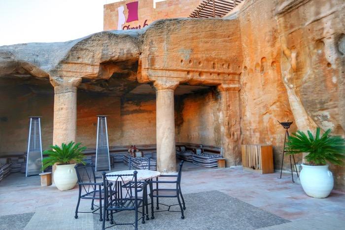 Baruri Petra The Cave Bar 9