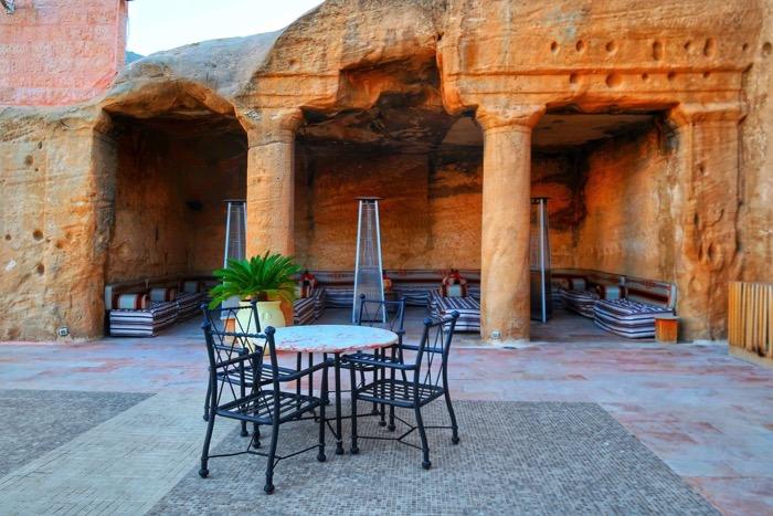Baruri Petra The Cave Bar 4