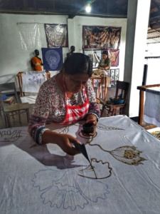 Dambulla Matale Kandy Sri Lanka batik 1
