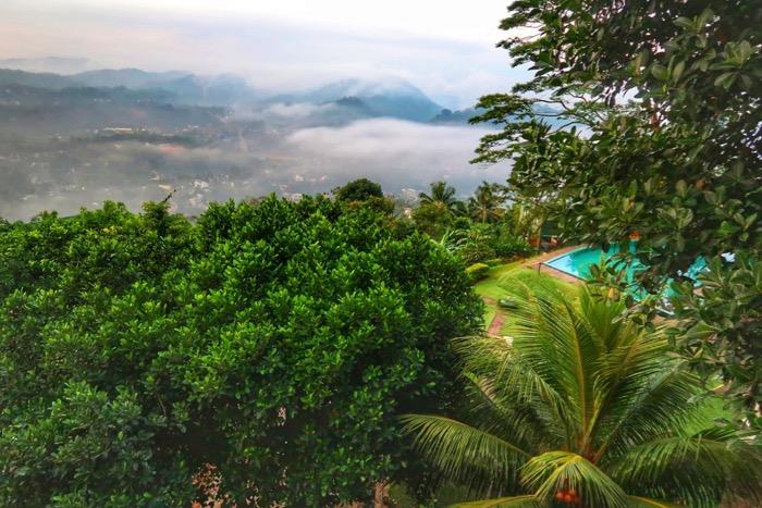 Hotel Kandy Sri Lanka Randholee 6