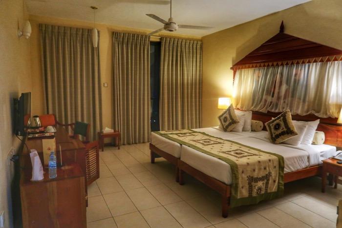 Hotel Kandy Sri Lanka Randholee 8