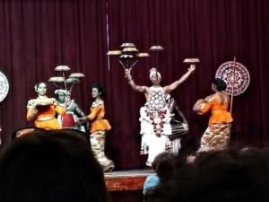 Kandy Sri Lanka spectacol dansuri 2