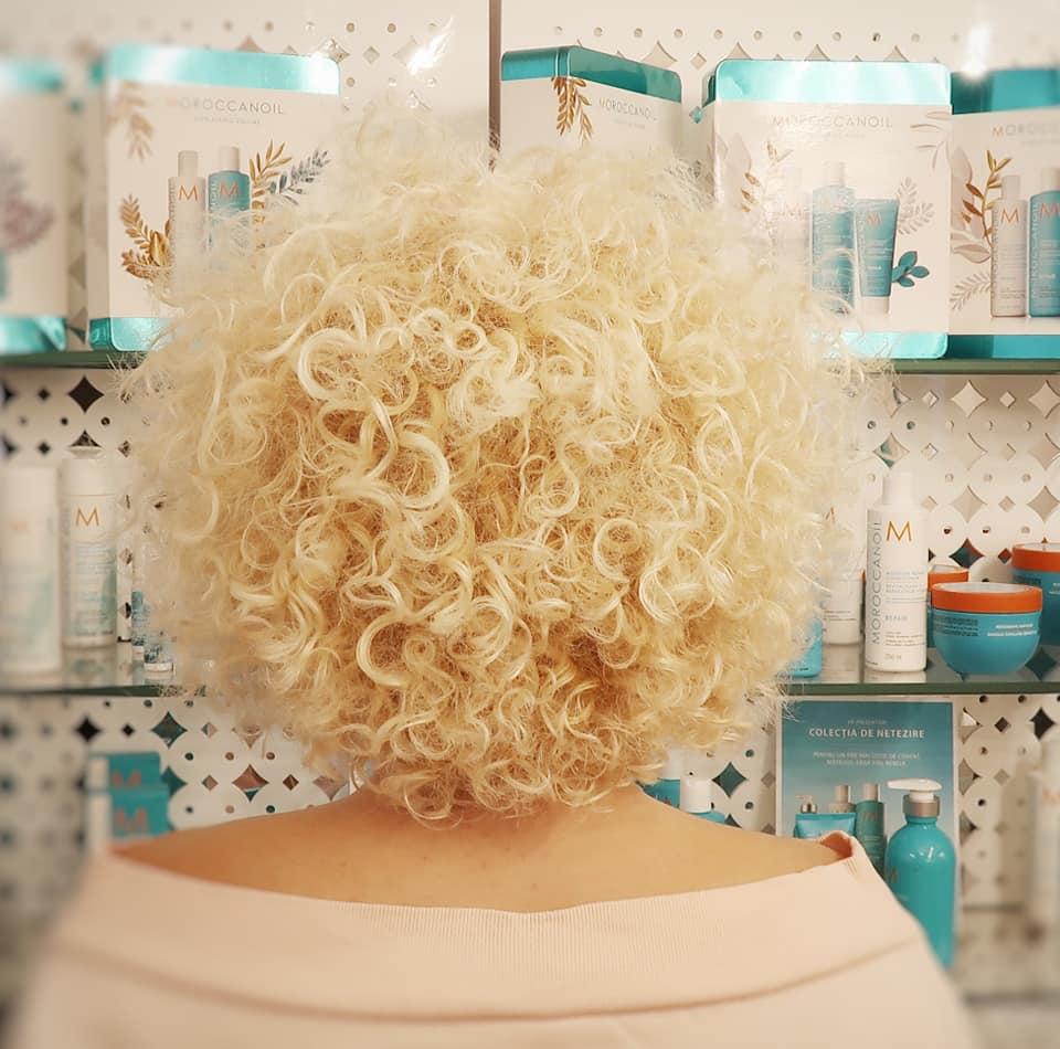 Salon par blond sanatos