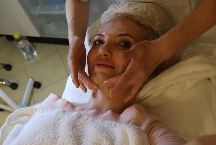 masaj facial salon