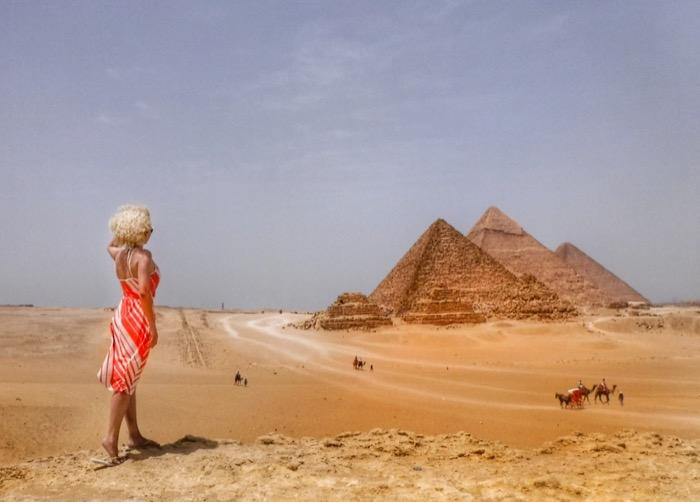 viziteaza piramidele singur 12