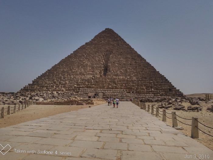 Vizitează Piramidele singur si independent 14