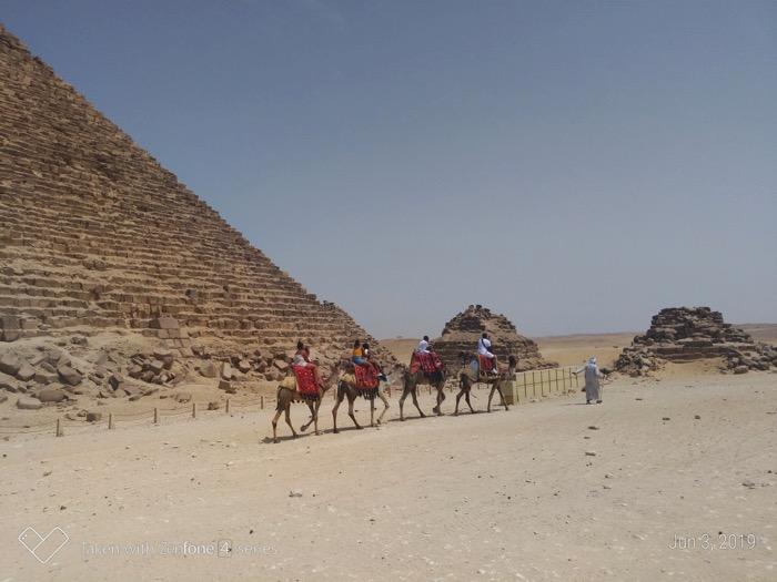 Vizitează Piramidele singur si independent 13