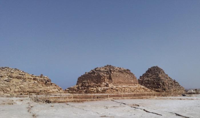 Vizitează Piramidele singur si independent 7