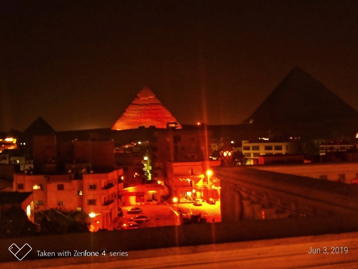 spectacol lumini piramide 2