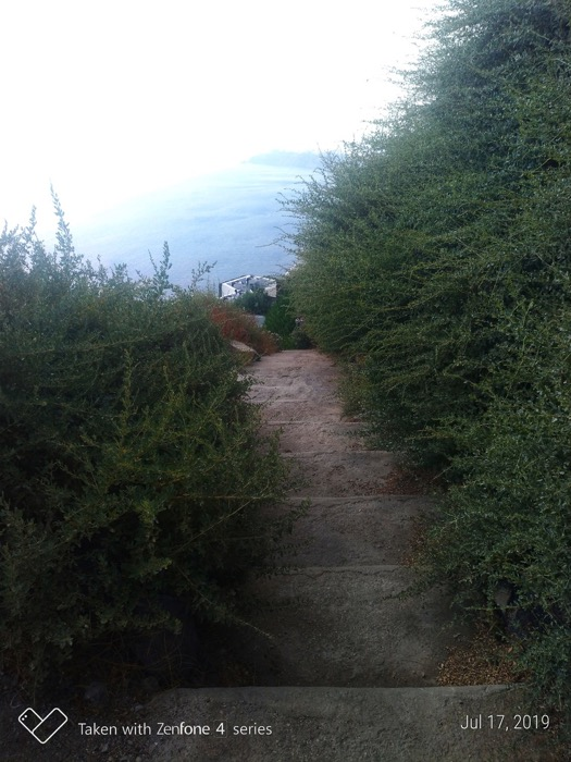 Skaros Santorini 20