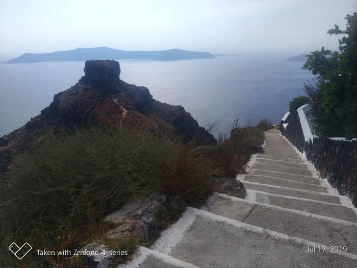 Skaros Santorini 17