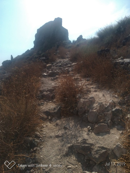 Skaros Santorini 11