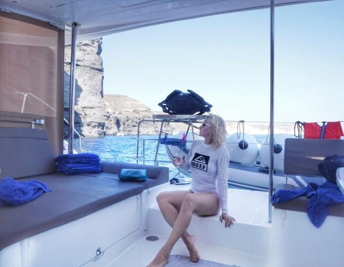 Croaziera cu catamaranul in Santorini 45