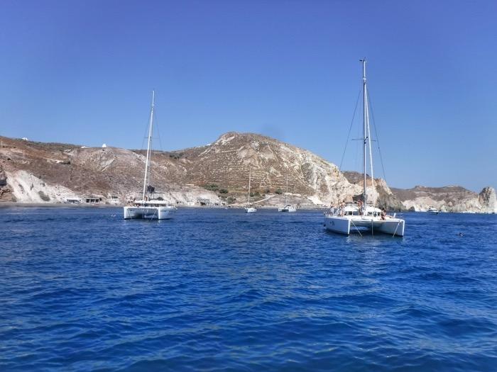 Croaziera cu catamaranul in Santorini 36