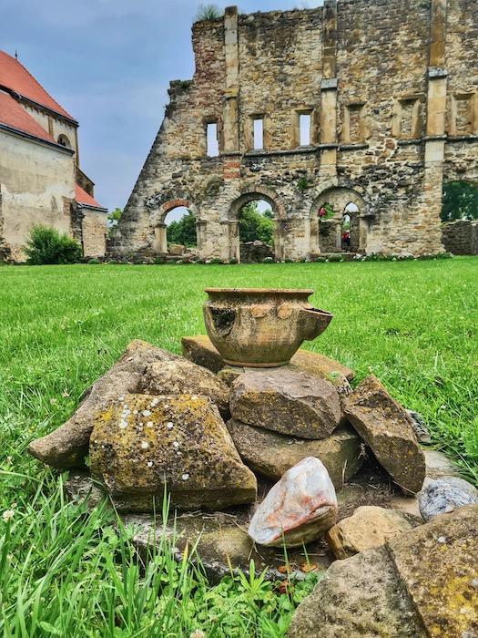 Manastirea Cisterciana Carta 1