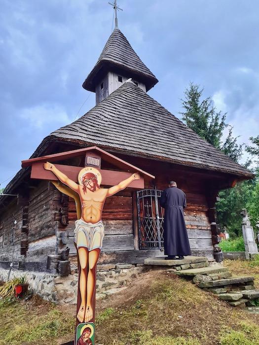 Biserica lemn Sinca Noua