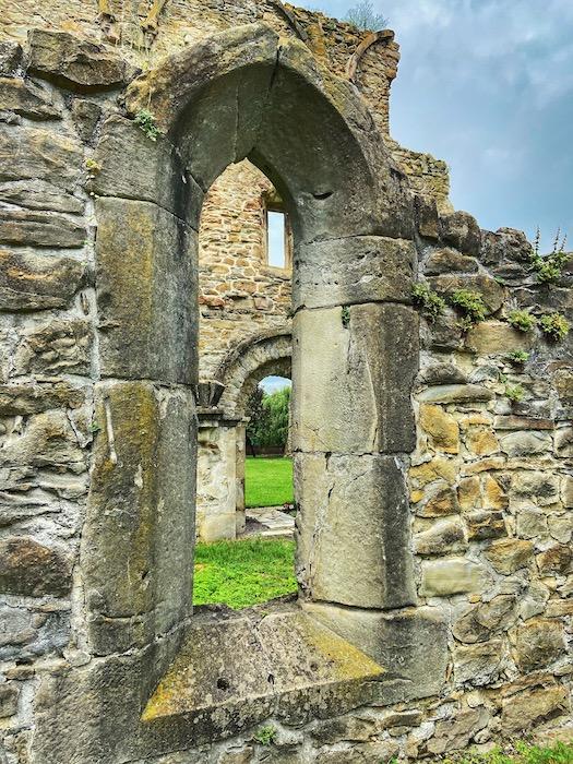 Manastirea Cisterciana Carta 10