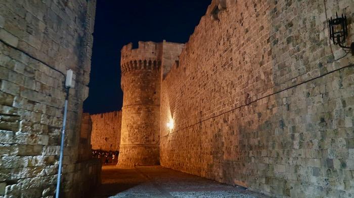 orasul rodos ziduri