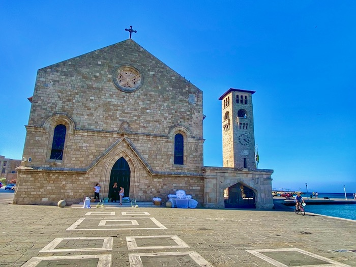 Catedrala orasul Rodos